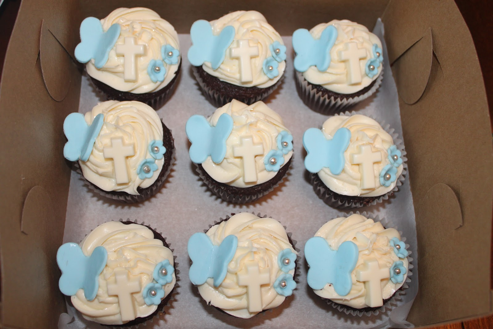 Beautiful Life Made Easy Baptism Cupcakes