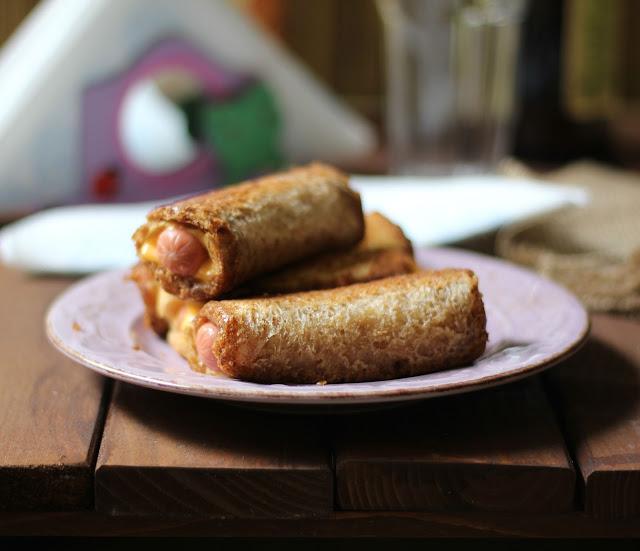 wurstel e formaggio