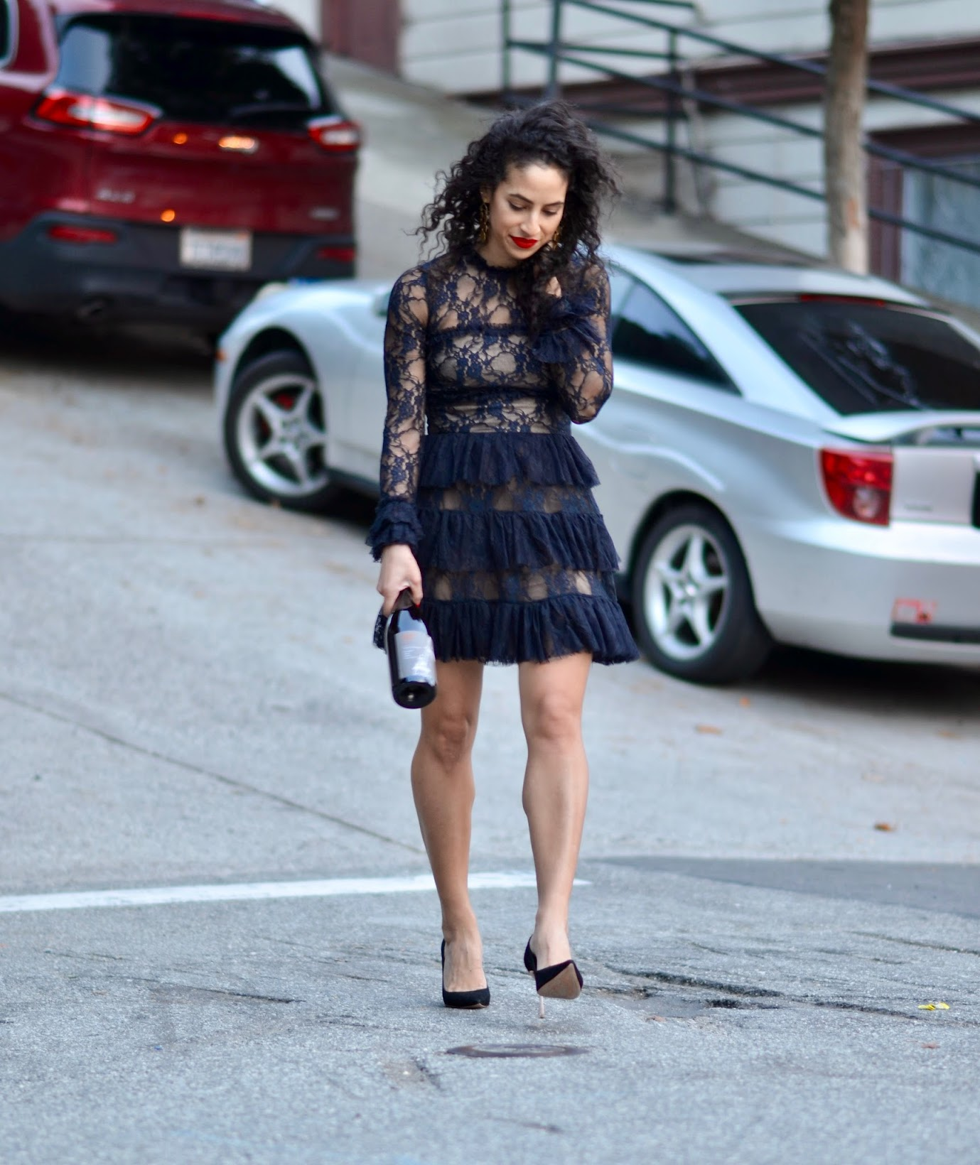 Bailey 44 lace dress, how to wear head-to-toe black, chic all black style, curly hair, how to style curly hair, best curly hair haircut, Rent the Runway unlimited, Sophia Webster pumps