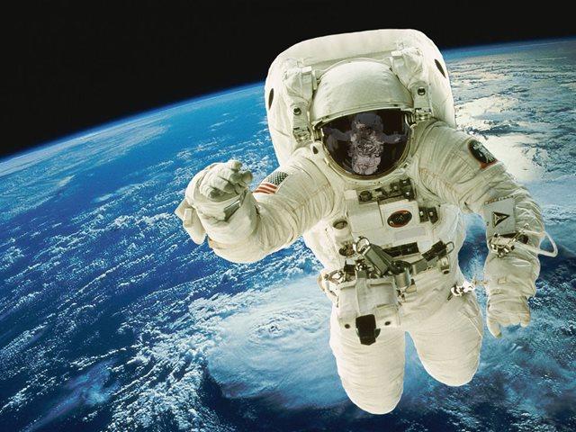 Dia-do-Astronauta-1.jpg (640×480)