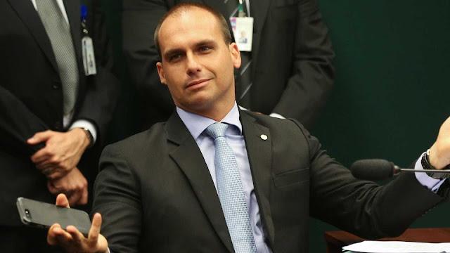 Tá de brinks! PT pede para TSE remover post e multar Eduardo Bolsonaro