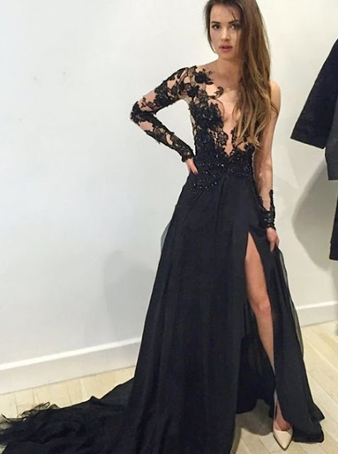 https://www.dresstells.com/mermaid-prom-evening-dress-black-v-neck-sweep-train-with-appliques.html