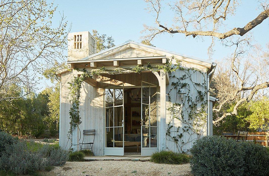 Beautiful modern farmhouse Patina Farm...decor inspiration on Hello Lovely Studio