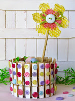 Recycled can and clothes pins craft tutorial