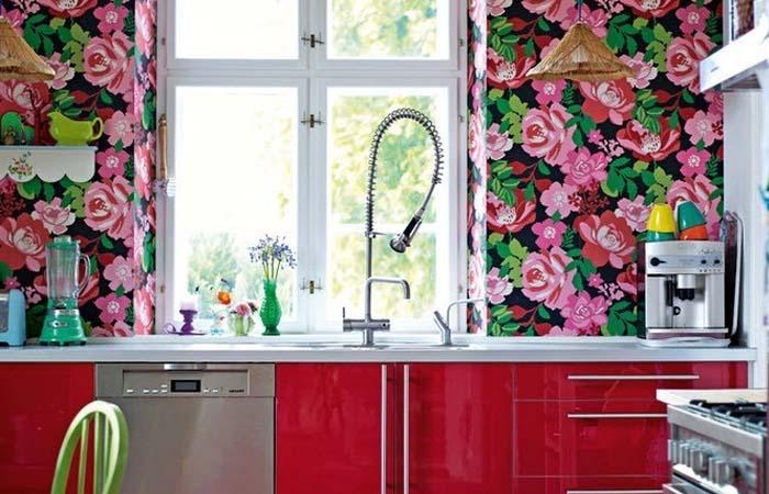 çiçek desenli mutfak duvar kağıdı örneği