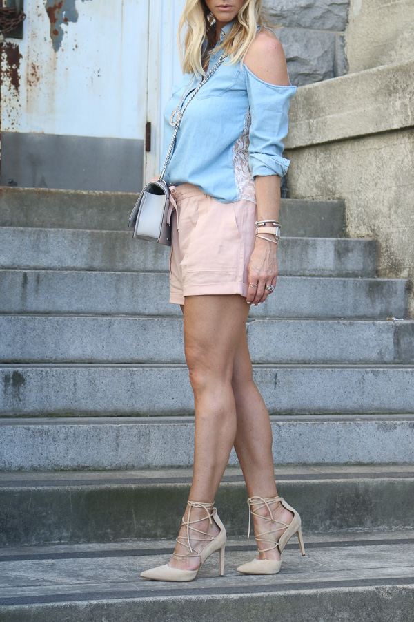 how to wear shorts and lace up heels