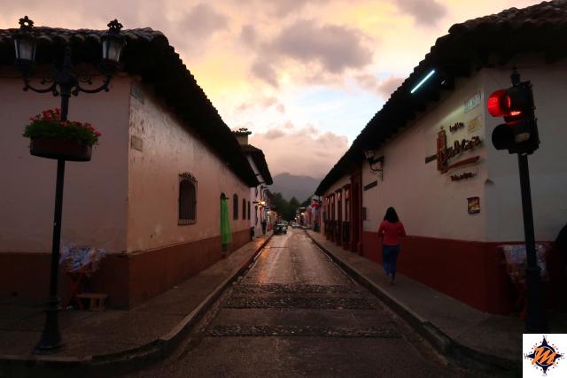 San Cristóbal de Las Casas, tra le vie del centro al tramonto