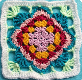 http://translate.googleusercontent.com/translate_c?depth=1&hl=es&rurl=translate.google.es&sl=de&tl=es&u=http://kardiomuffelchen.com/crochet/1-diamond-flower-granny-pattern/&usg=ALkJrhhwxfe3T2DNo1wWa2xOB8sjgc9YUQ