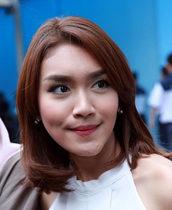 Resmi Jadi Istri, Ini Alasan Artis cantik Melody Prima Menikah Dengan Cara Diam-diam
