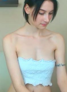 สาวลัตเวียอายุ 21 ปี นมโคตรสวยแก้ผ้าโชว์