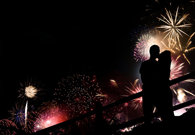 ROMANTIC NEW YEAR EVE IDEAS