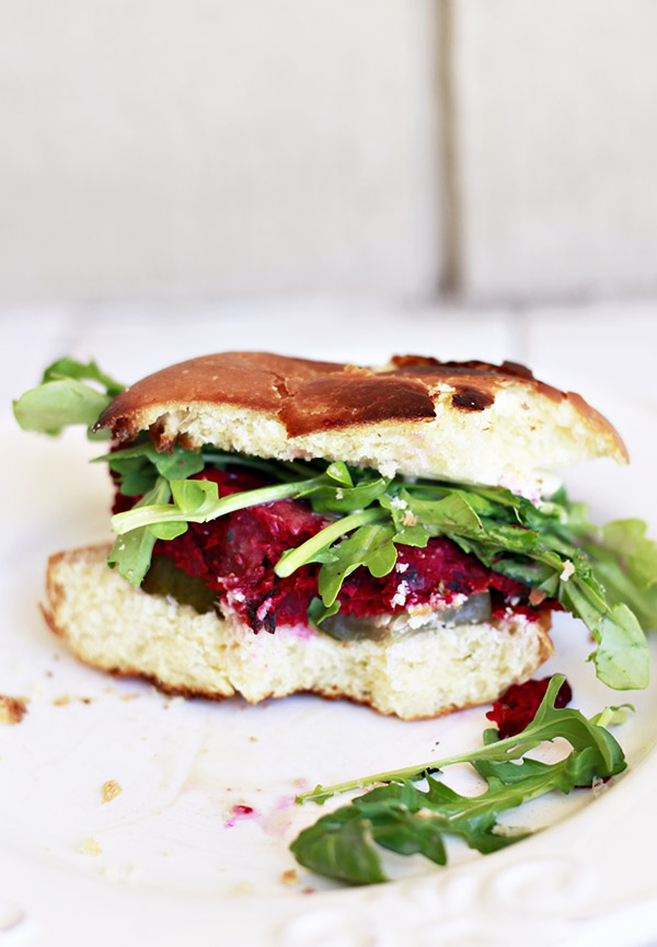 beet and white bean veggie burgers