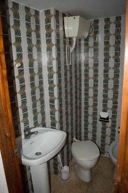 piso en venta calle almenara castellon wc