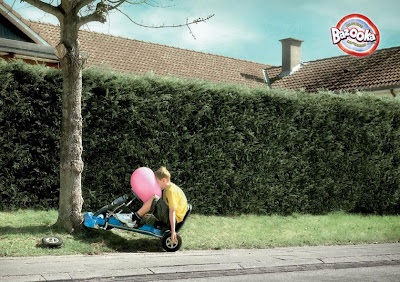 20 Creative and Clever Bubble Gum Ads (20) 20