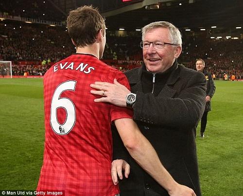 Evans  và Sir Alex Ferguson khi còn ở MU
