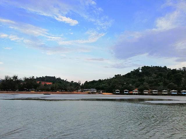 Pantai Melayu Barelang Batam