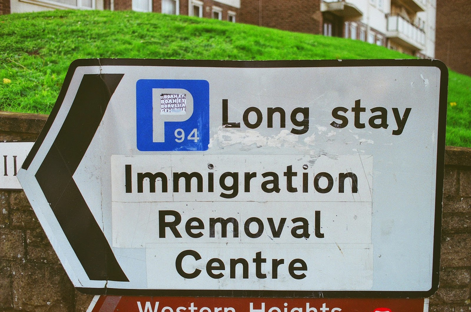 IMMIGRATION, ASYLUM SEEKERS, DETENTION CENTRES, UK BORDERS, CALAIS BORDER CONTROL, BORSTAL, DOVER, KENT, ILLEGAL IMMIGRANTS, MIGRANT WORKERS, EASTERN EUROPEAN MIGRANT WORKERS, 2015 GENERAL ELECTION, © VAC 100 DAYS 4 MILLION CONVERSATIONS