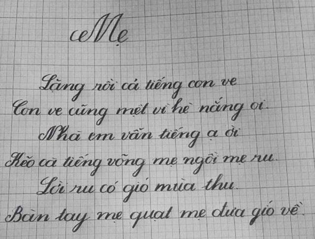 cô giáo 9x viết chữ đẹp
