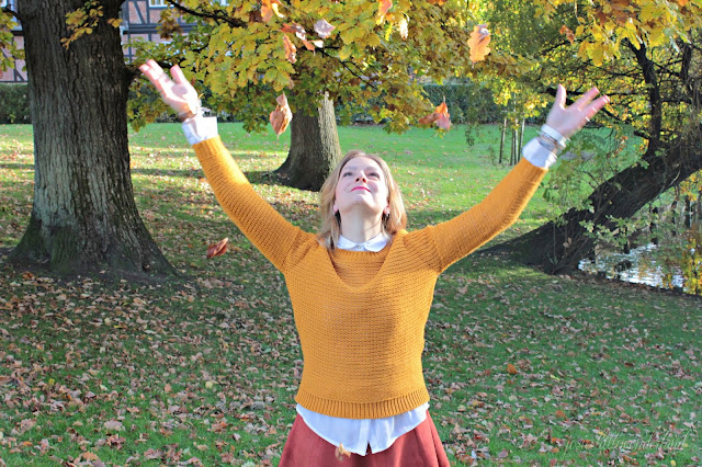 knitwear, josie´s little wonderland, outfit, fashion, blog, fashionpost, autumcolours, happy gitl, falling leaves