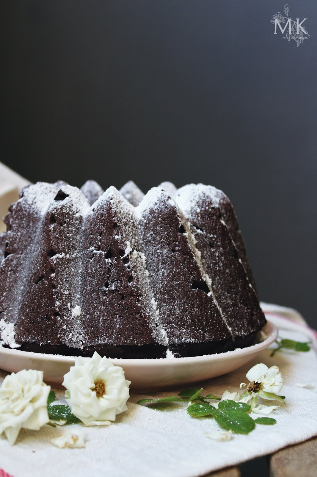 bundt-cake-vegano-aguacate-cacao