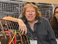 Addio a Keith Emerson (tastierista degli Emerson Lake e Palmer): il principe del Moog si è suicidato
