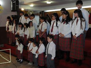 https://videosiglesiadenazar.blogspot.com/2009/04/coro-de-ninos.html