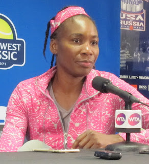 Venus, runner-up at Stanford, ousted in Montreal