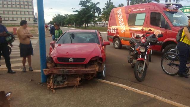 Motorista bêbado avança sinal, mata um e fere gravemente jovem em Porto Velho