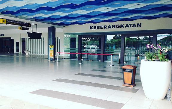 Pintu Masuk Terminal Penumpang
