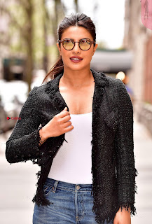 Priyanka Chopra  Leaves Live With Kelly  03.jpg
