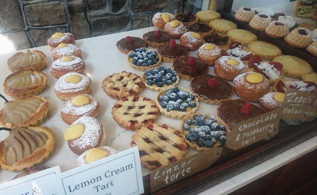 Proserpina, Sassafras, pastries, cakes