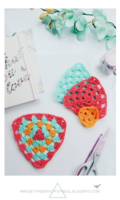 how to make crochet granny triangle step by step tutorial