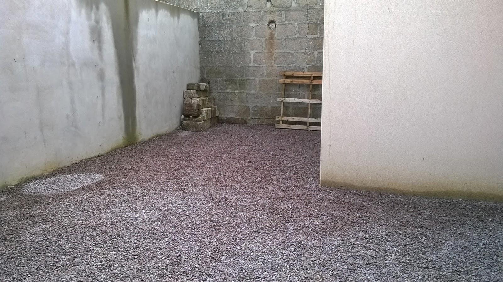 bourgault paysages terrassement d 39 une cour. Black Bedroom Furniture Sets. Home Design Ideas