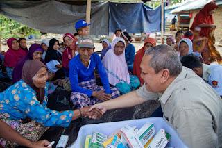 Tim Kesira HBK Center KLU Adakan Layanan Kesehatan Gratis Wntuk Warga Yang Tidak Mampu.