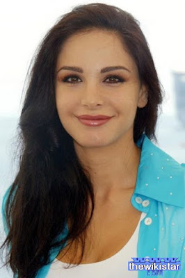 Life story Joelle Behlok, actress and media to Lebanese.