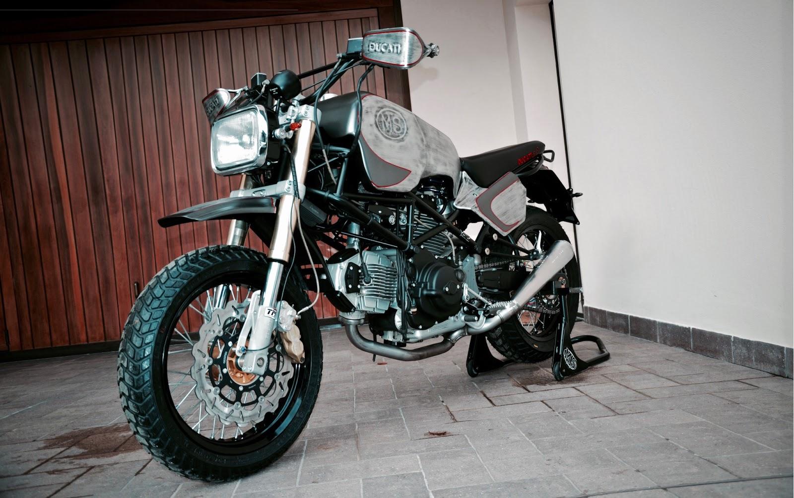 Paris-Dakar Monster