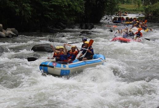 Pesona Keindahan Wisata Rainbow Rafting Di Warungpring Pemalang Jawa Tengah Ihategreenjello
