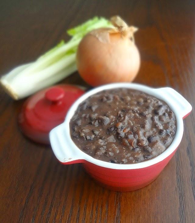 Black Bean Soup {Panera Copy-Cat}