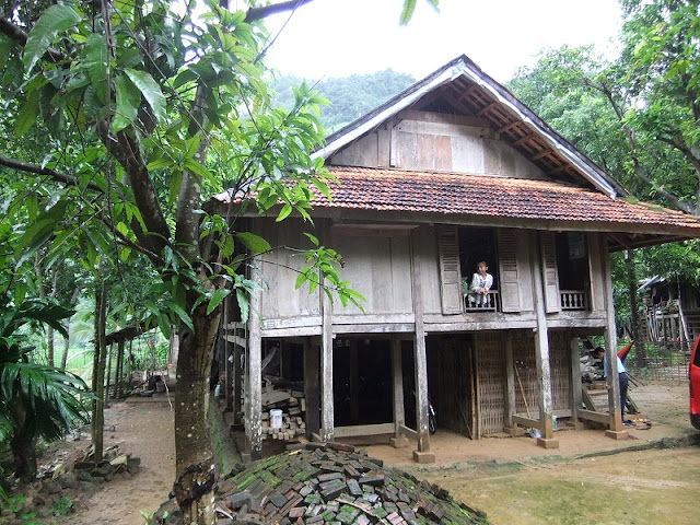 Family Tours in Mai Chau Great Family Holidays in Vietnam 6