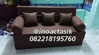 Sofa bed Inoac motif polkadot cokelat inoactasik
