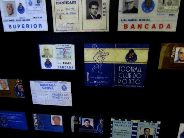 Exposição de cartões de sócios no Museu do FC Porto