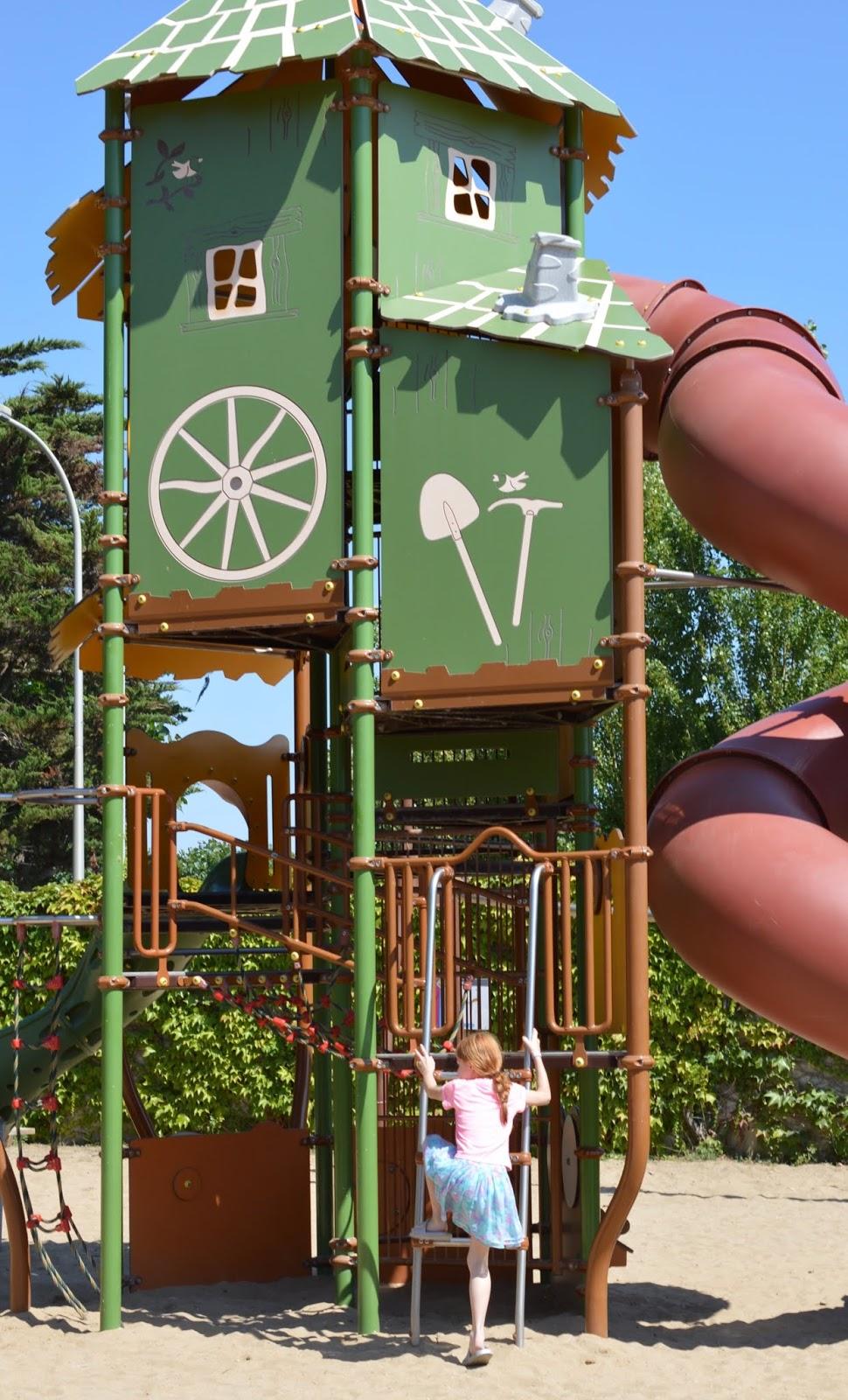 Les Ecureuils Campsite, Vendee - A Eurocamp Site near Puy du Fou (Full Review) - playground / park