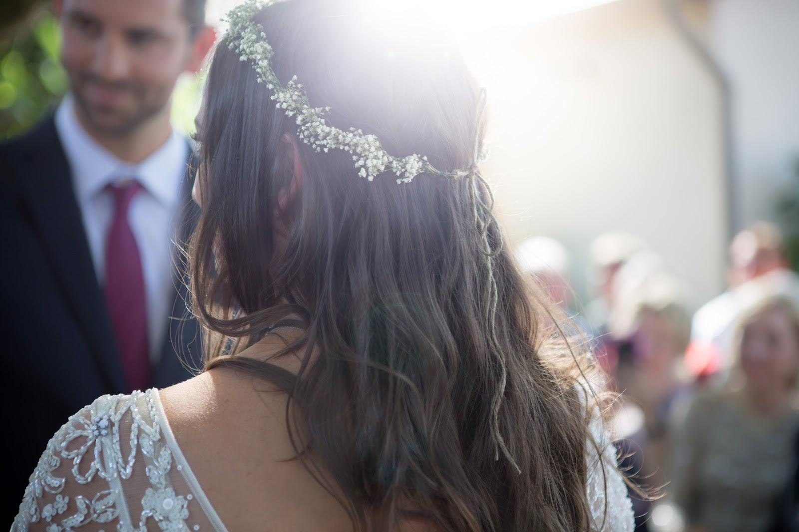 DIY bride headpiece for backyard wedding