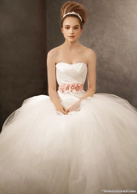 Chelsea Linton ... Vera Wang Wedding Dresses