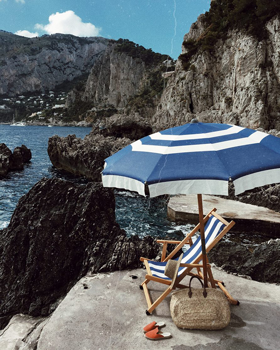 Summer vacation in Capri. Photo via by Kiki