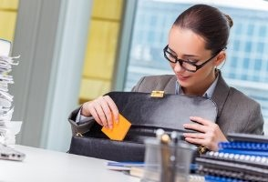 15 Best Work Bags — Work Bags for Women 2019