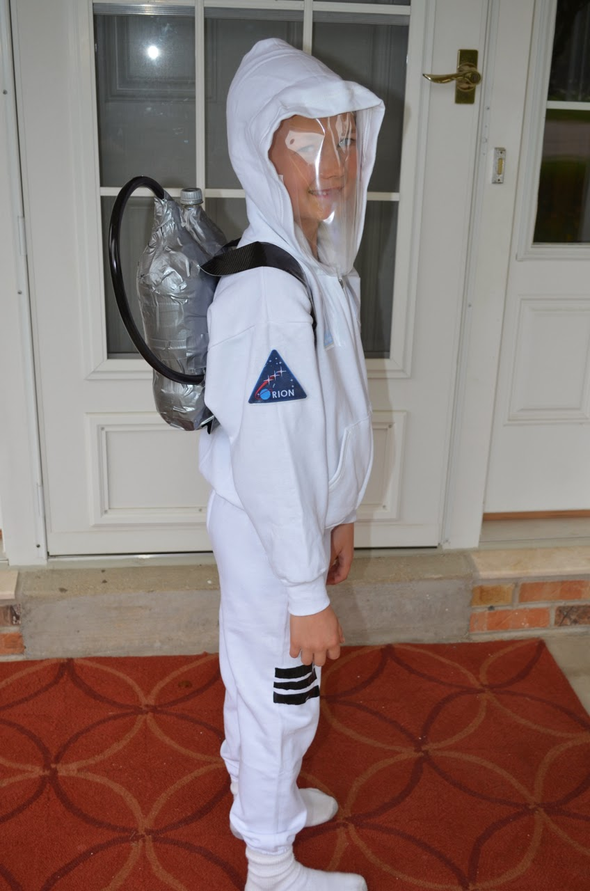 What DID we do all day? : Easy No-Sew Astronaut Costume