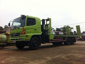 truk hino ranger self loader surabaya