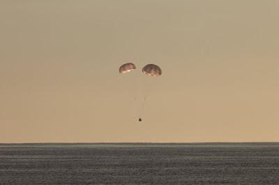 خبراء الفضاء يبحثون عن تحديد مواقع محتملة ﻹنزال المركبة الفضائية _ دراغون_