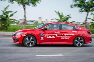 Giá xe Honda Civic re nhat Viet Nam
